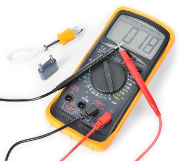 Digital Multimeter 10A mit 32 Messfunktionen incl. Temperatur und Transistor-Test