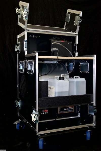 Hazebase base*touringPLUS, Nebelmaschine 2600W, 1060W Lüfter, 1500W Hazer